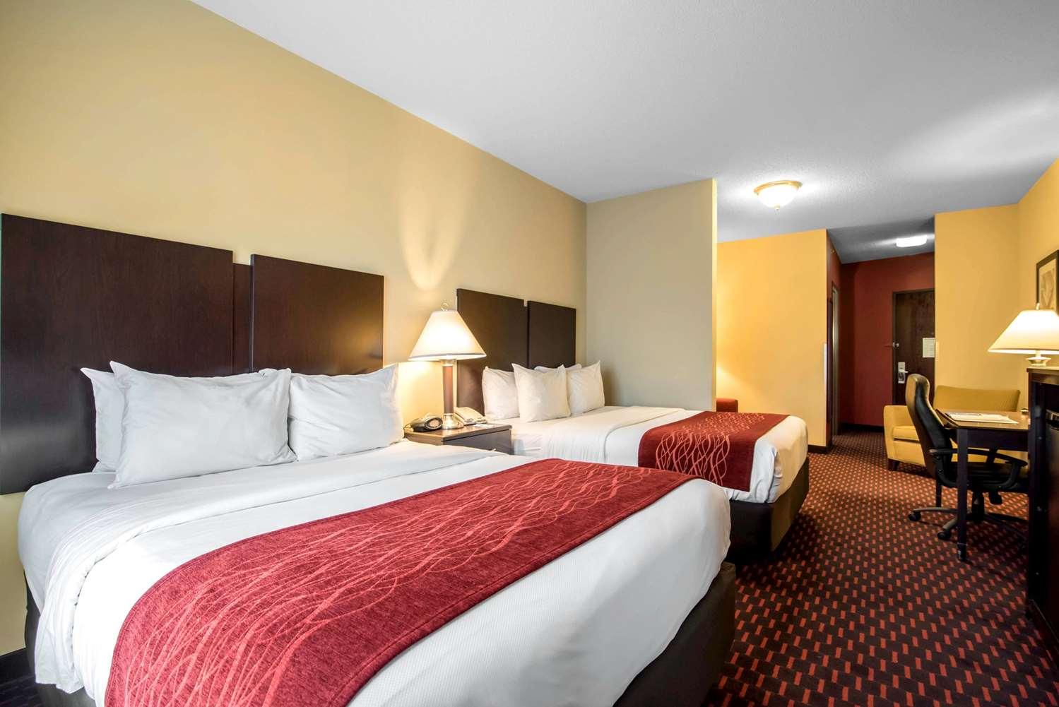 Room - Comfort Inn & Suites Tunkhannock