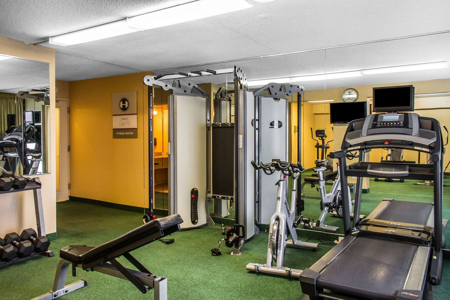 Fitness/ Exercise Room - Clarion Hotel Conference Center Essington