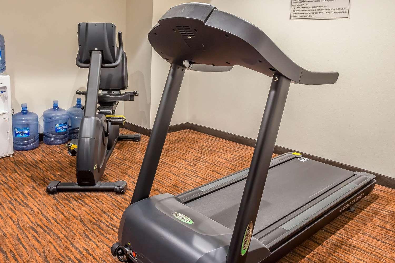 Fitness/ Exercise Room - Sleep Inn Philadelphia
