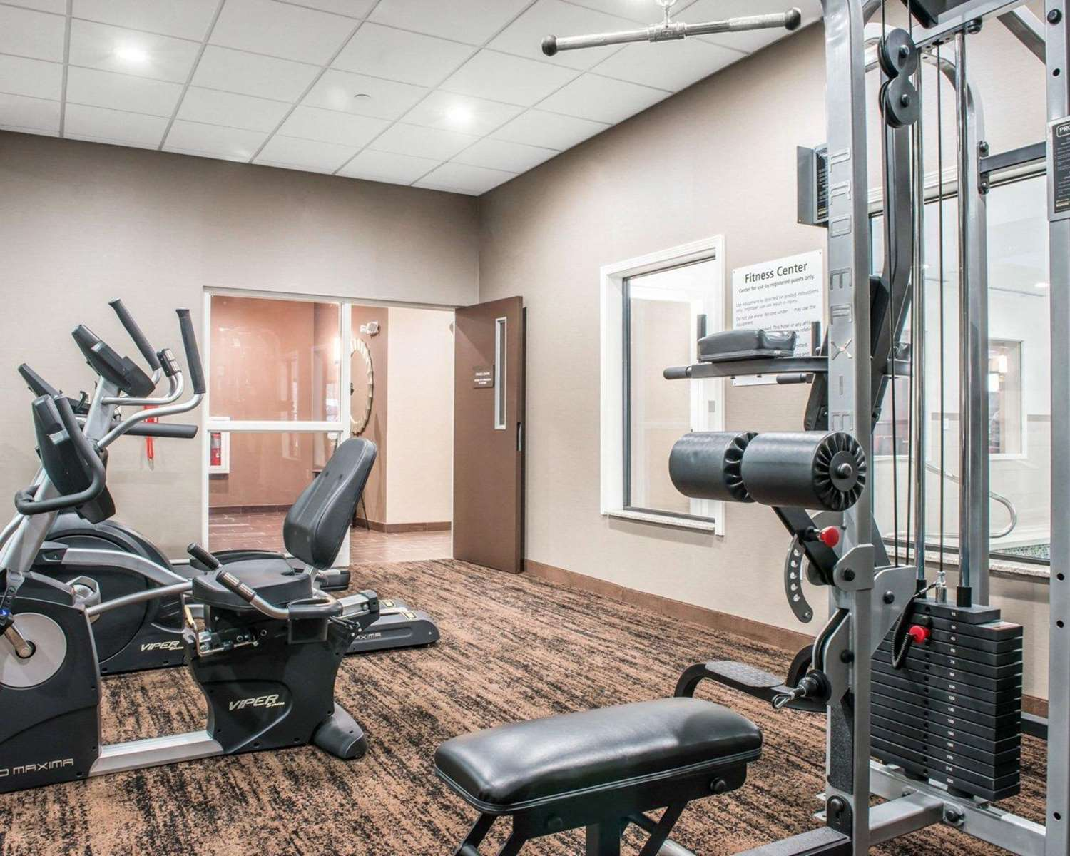 Fitness/ Exercise Room - Comfort Inn & Suites Pittsburgh