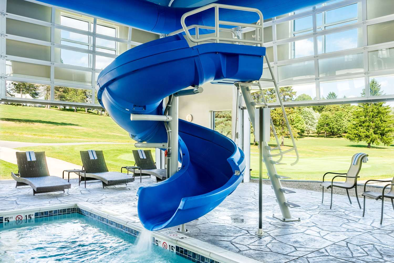 Pool - Comfort Suites Dubois