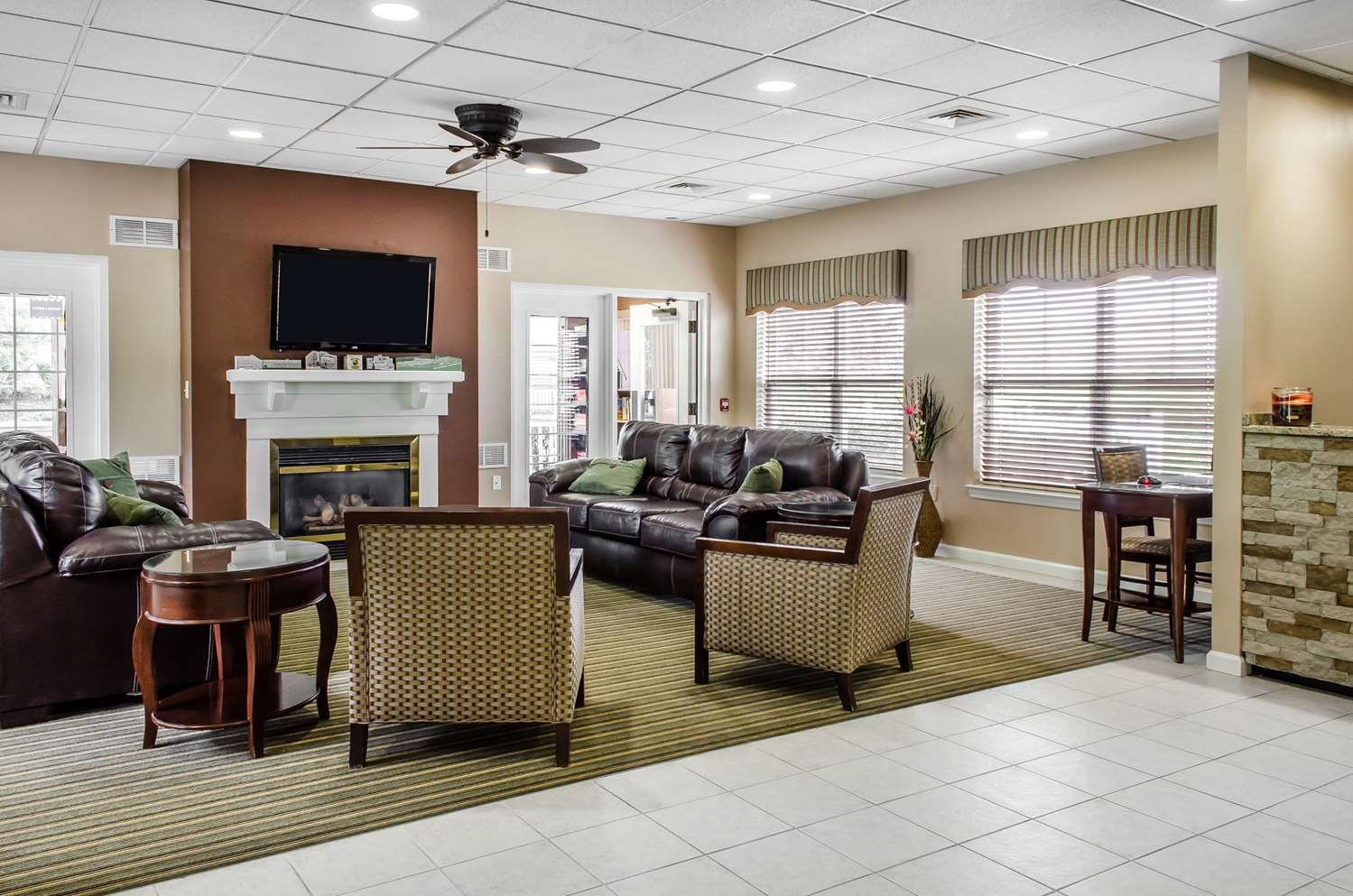 Lobby - Suites at Hershey by Bluegreen Vacations