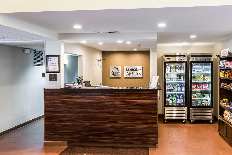 Lobby - Sleep Inn & Suites Pittsburgh