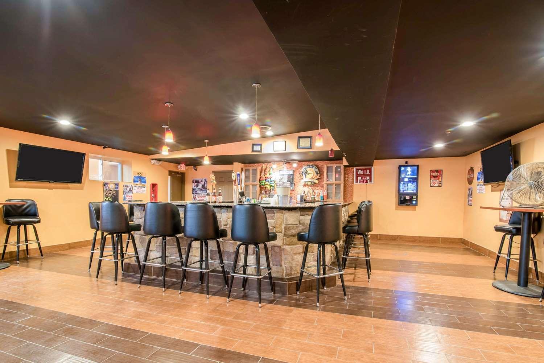 Restaurant - Rodeway Inn Towanda