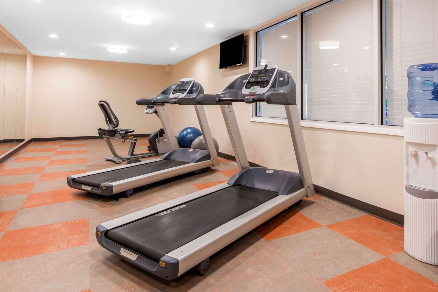 Fitness/ Exercise Room - Solstice Hotel Erie