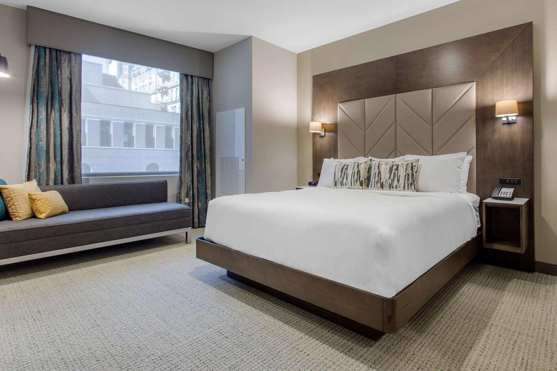 Suite - Cambria Hotel & Suites Philadelphia