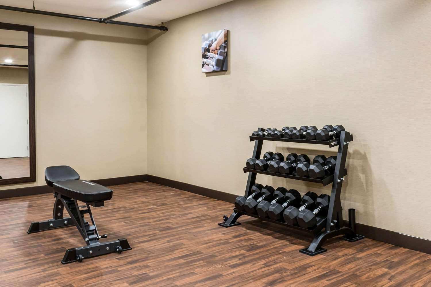 Fitness/ Exercise Room - Comfort Inn Scotland