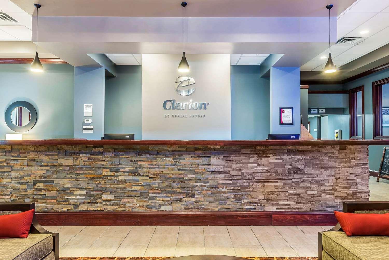Lobby - Clarion Inn Belle Vernon