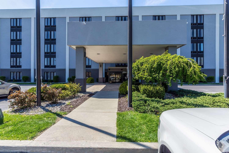 Exterior view - Allentown Park Hotel