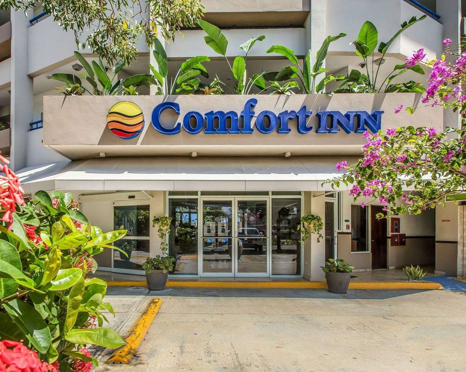 Exterior view - Comfort Inn Levittown
