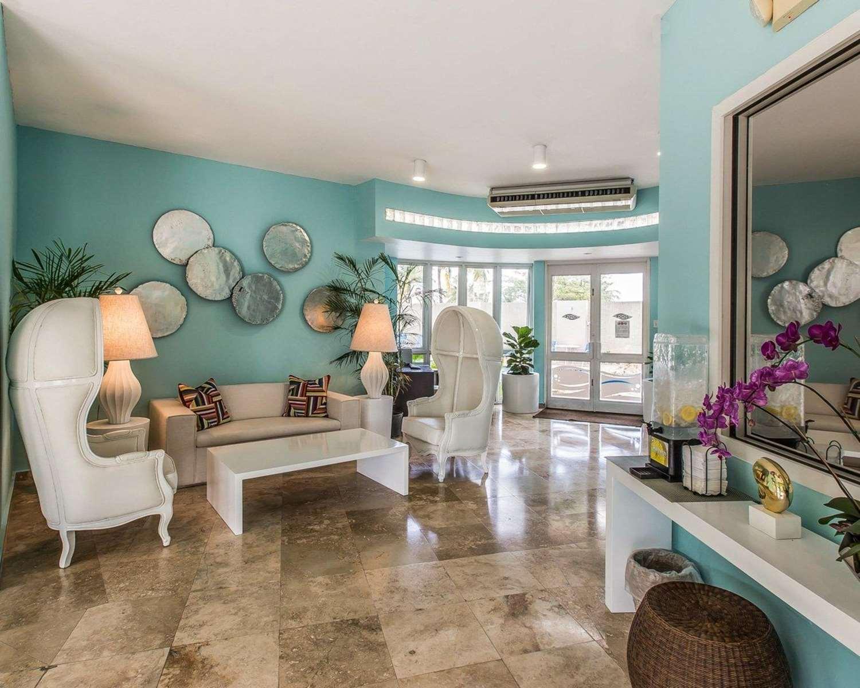 Lobby - Comfort Inn Levittown