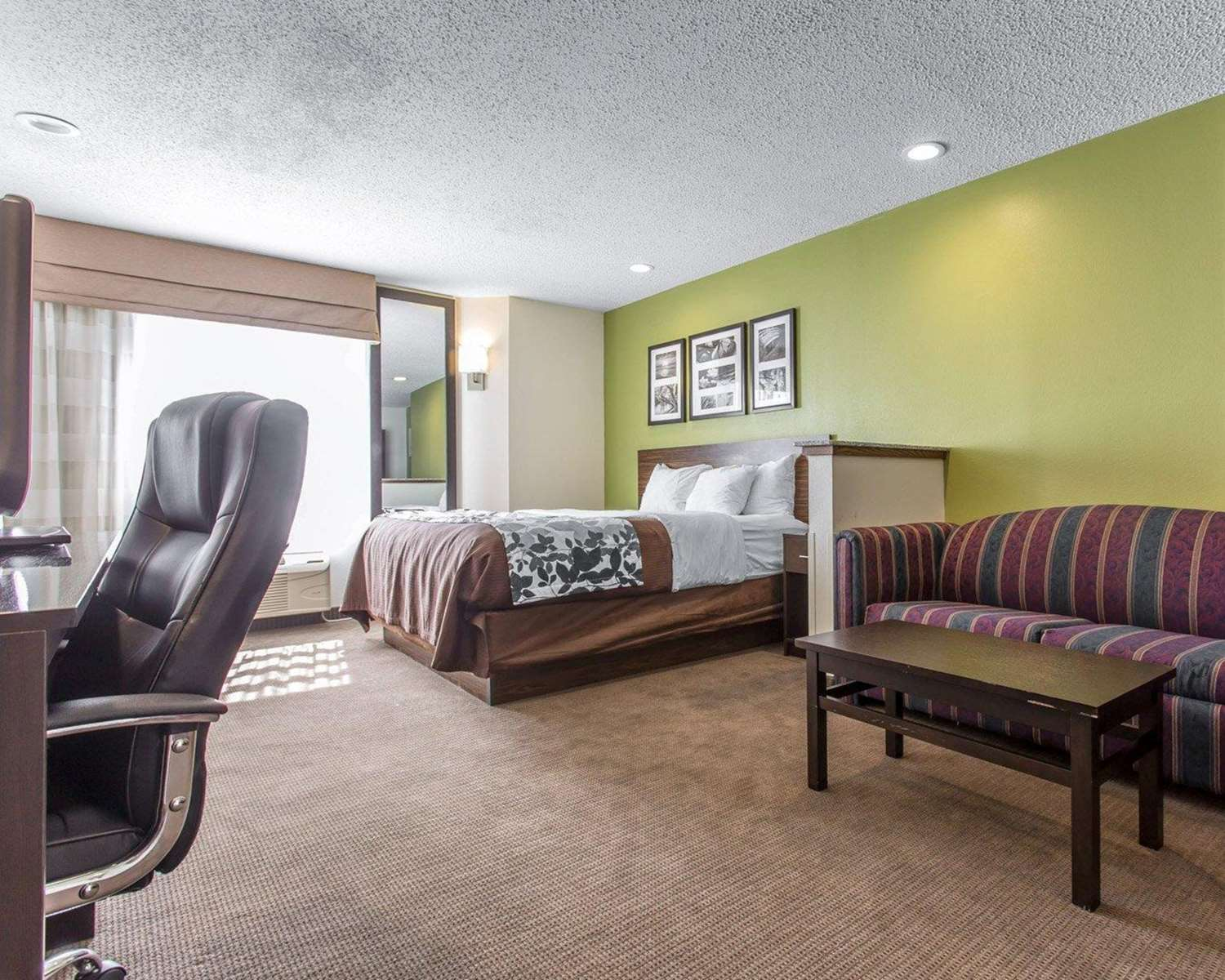Suite - Sleep Inn Northwest Columbia