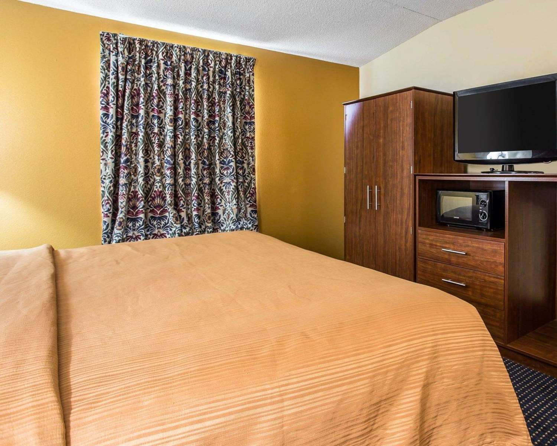 Suite - Quality Inn Mullins