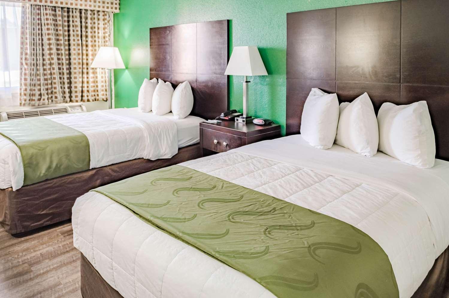 Room - Quality Inn West Ashley Charleston