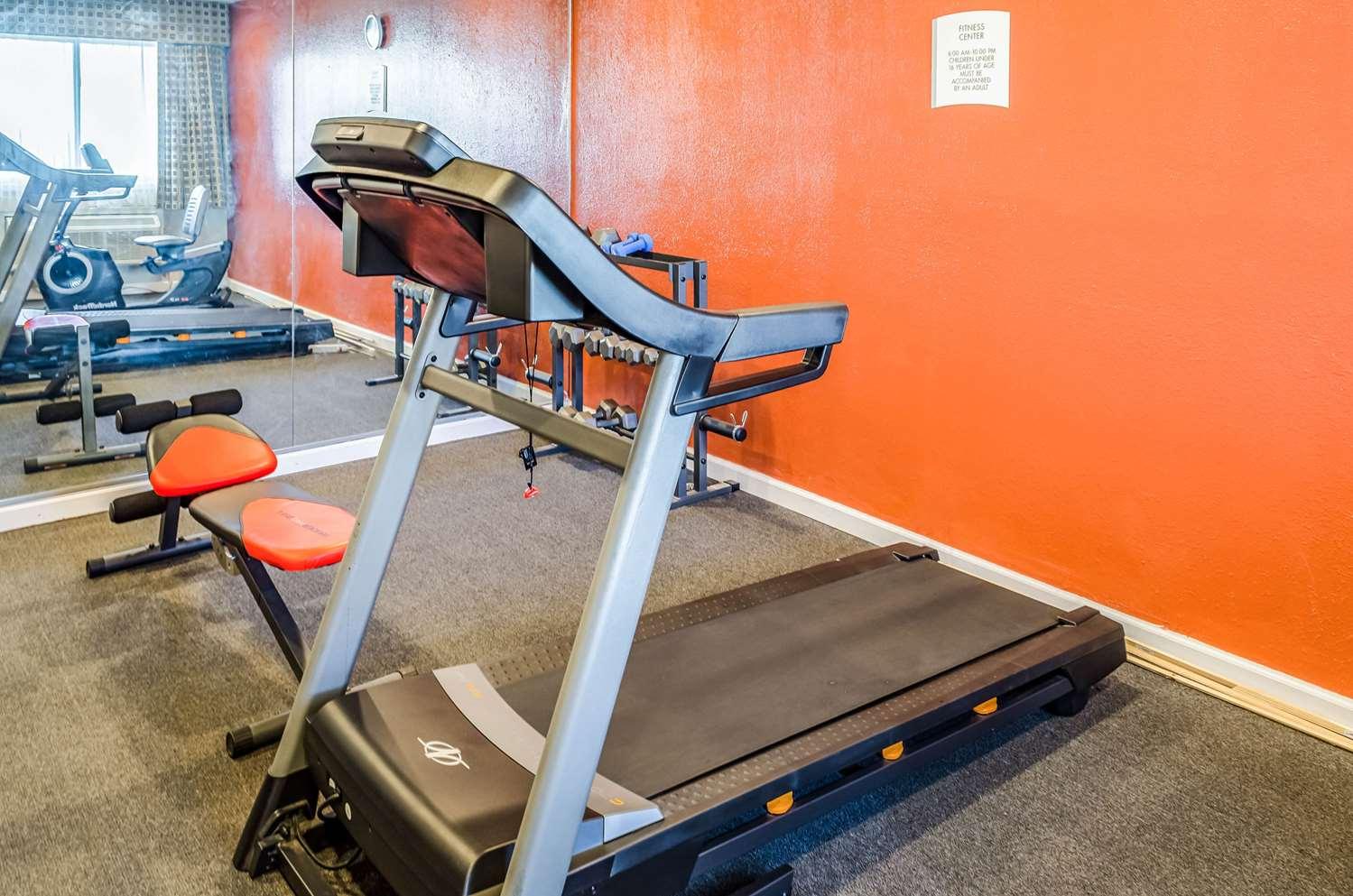 Fitness/ Exercise Room - Quality Inn West Ashley Charleston