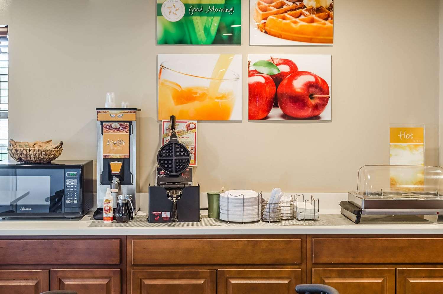 Restaurant - Quality Inn West Ashley Charleston
