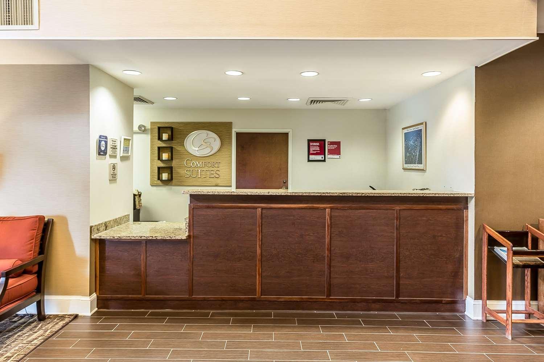 Lobby - Comfort Suites Myrtle Beach