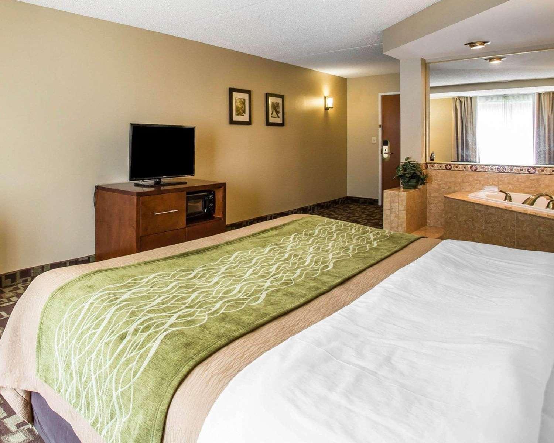 Suite - Comfort Inn & Suites Walterboro