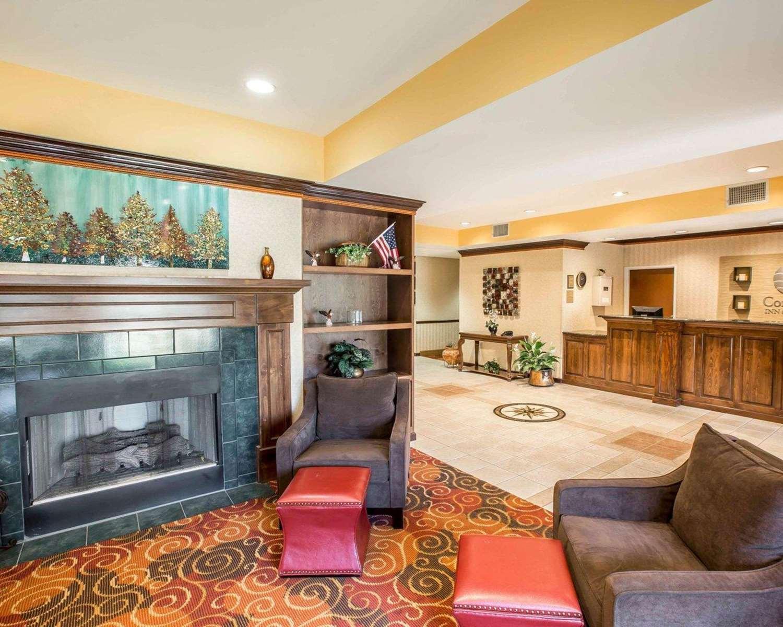 Lobby - Comfort Inn & Suites Spartanburg