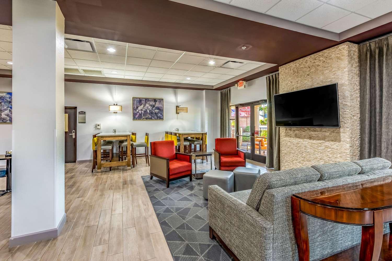 Lobby - Comfort Suites Lexington