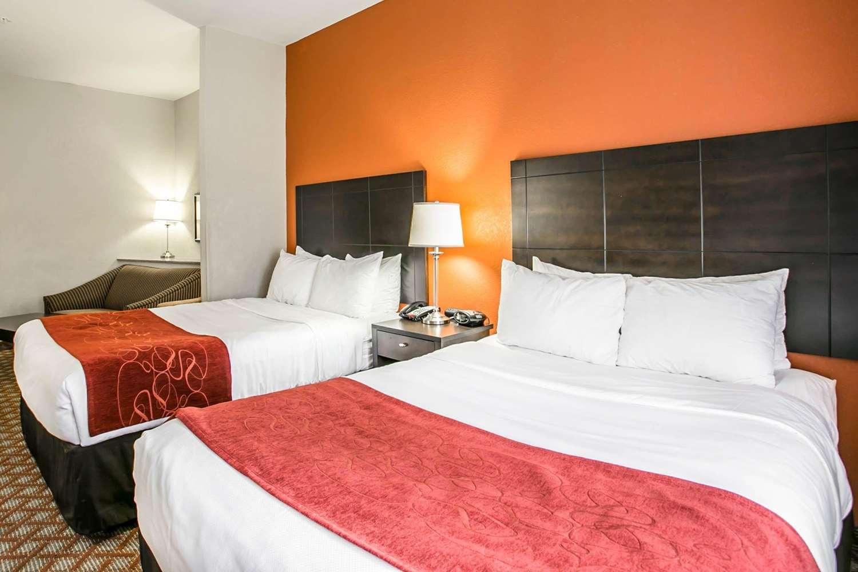 Room - Comfort Suites Columbia