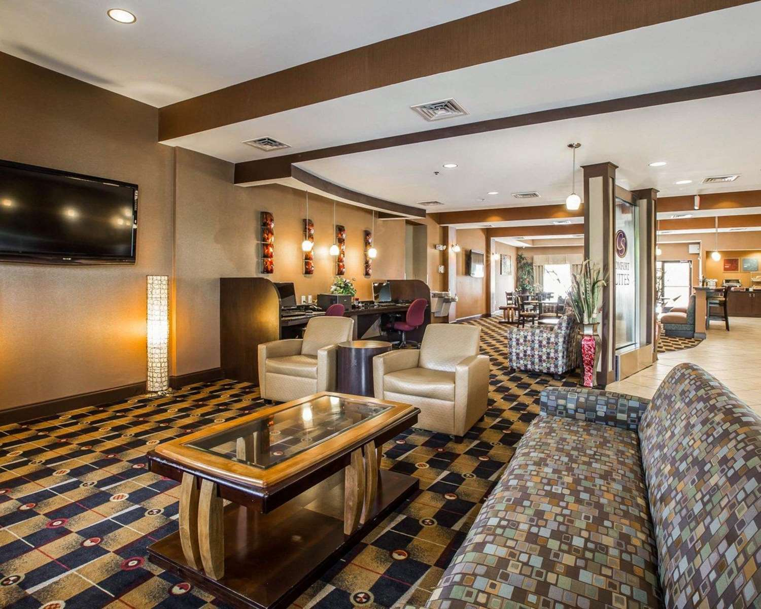 Lobby - Comfort Suites at WestGate Mall Spartanburg