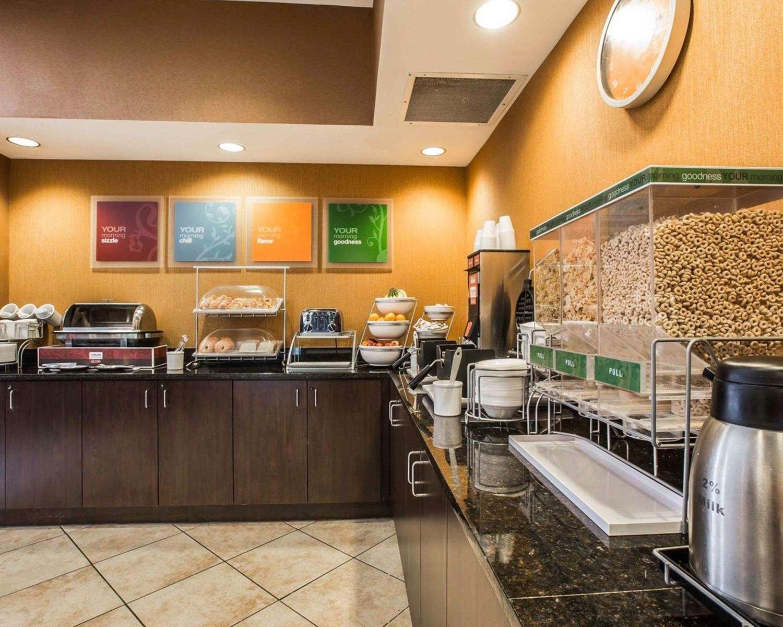 Restaurant - Comfort Suites at WestGate Mall Spartanburg