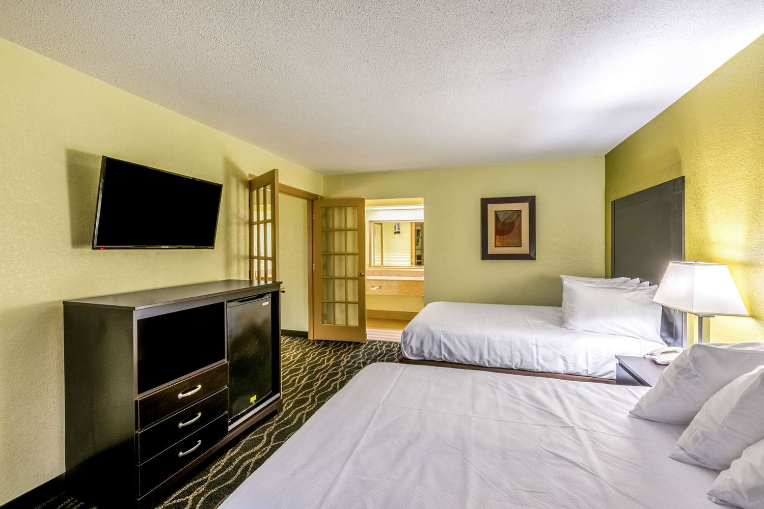 Suite - Clarion Inn Airport West Columbia