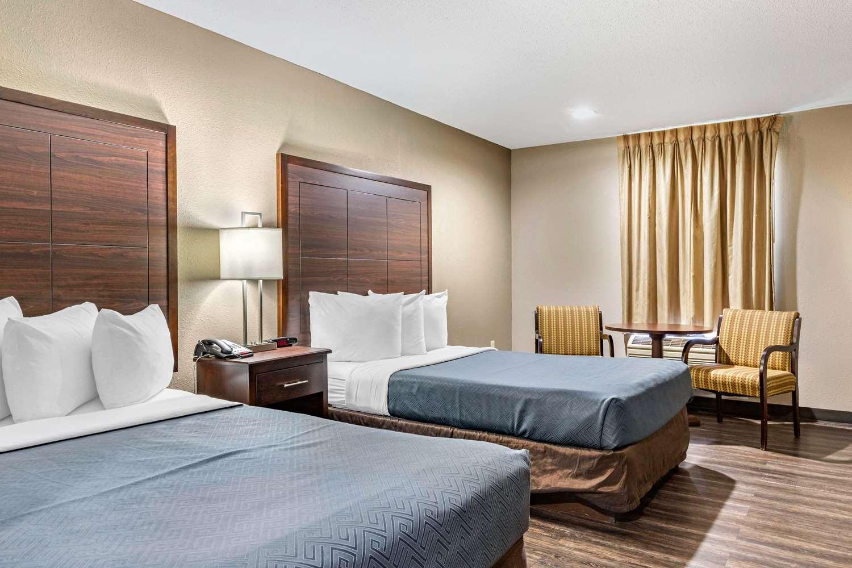 Room - Econo Lodge Florence