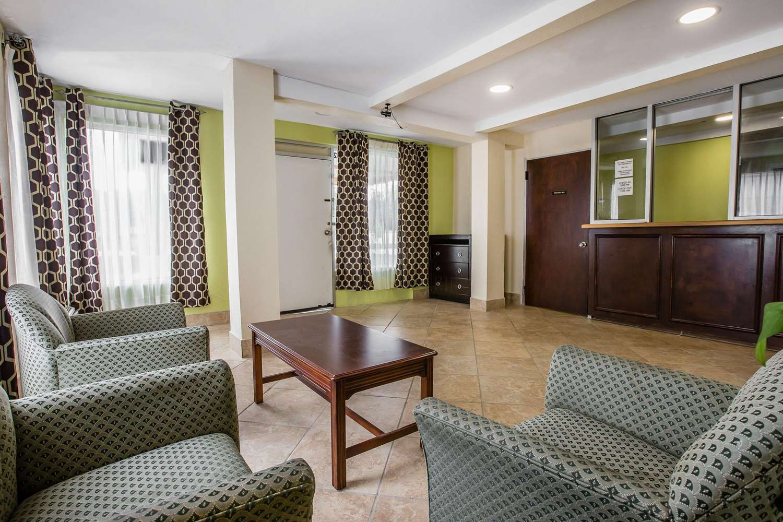 Lobby - Rodeway Inn Laurens