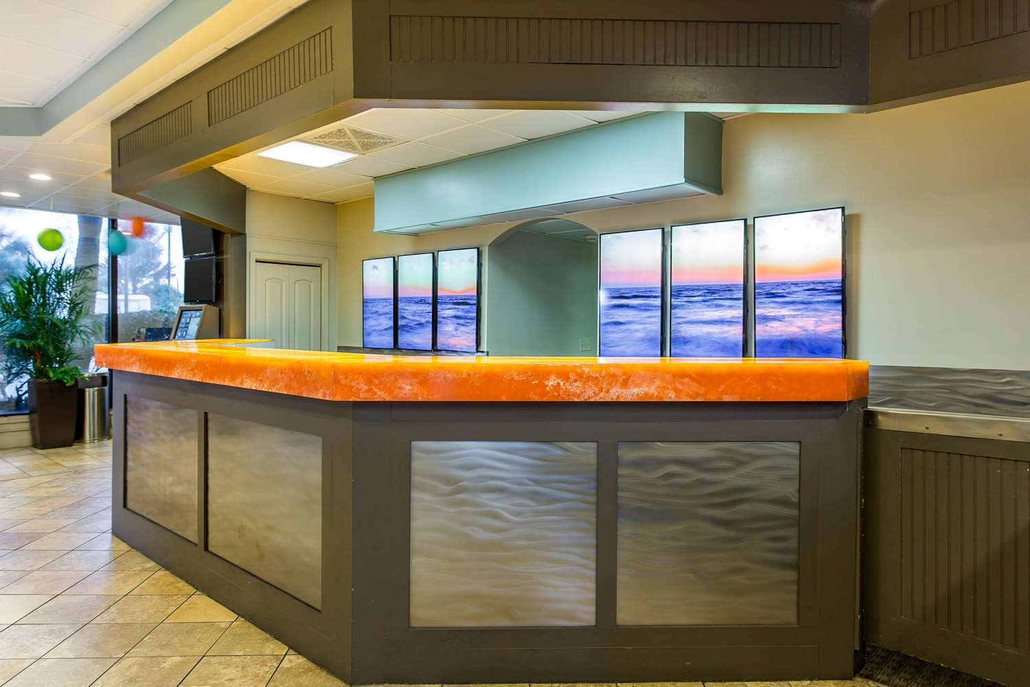 Lobby - SeaGlass Tower Hotel by Bluegreen Vacations
