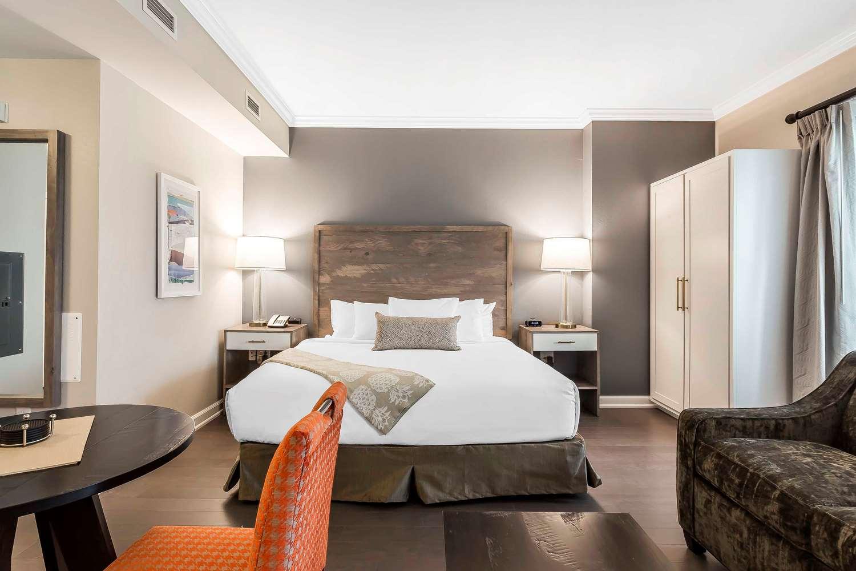 Room - Bluegreen Vacations King Street Charleston
