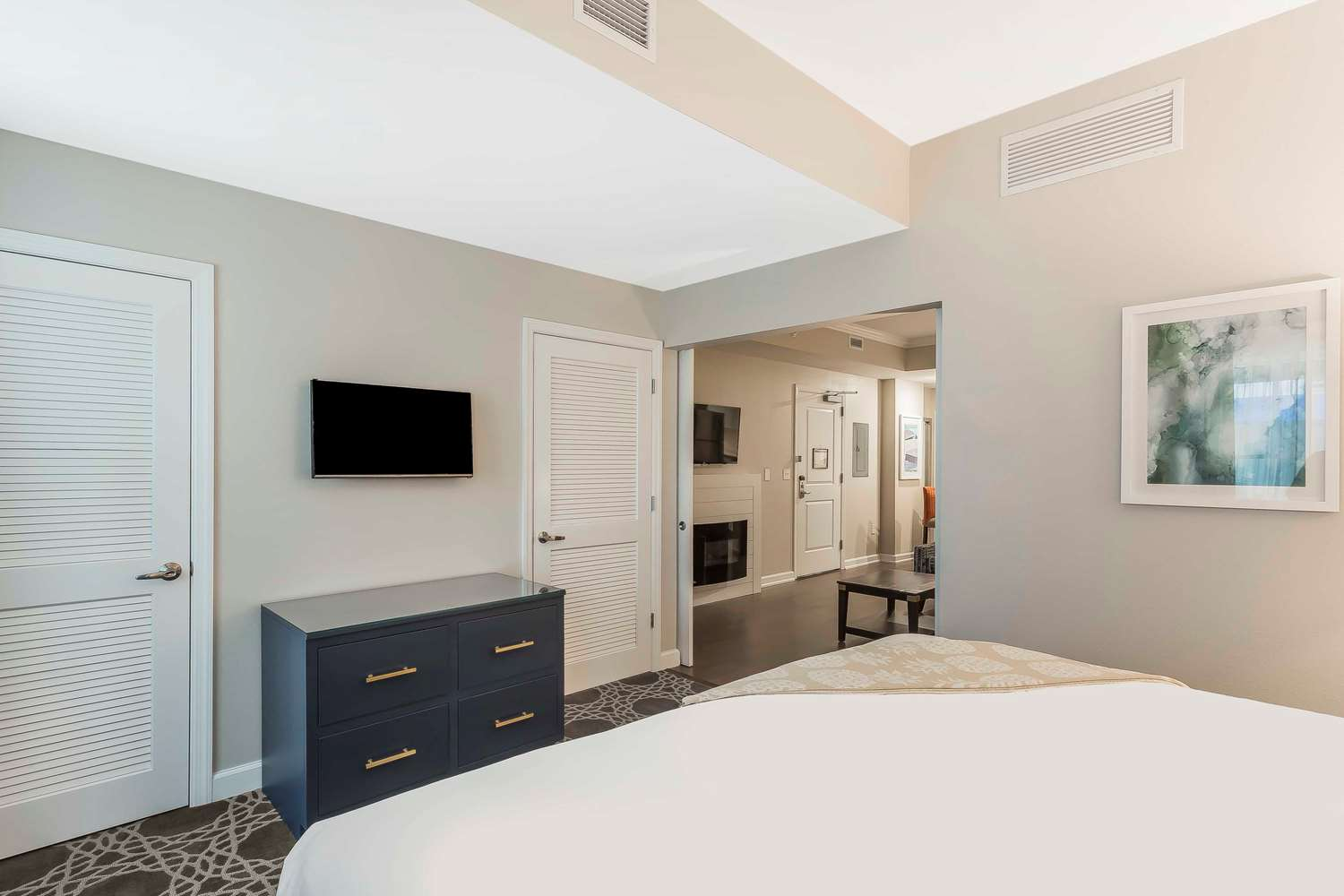Suite - Bluegreen Vacations King Street Charleston