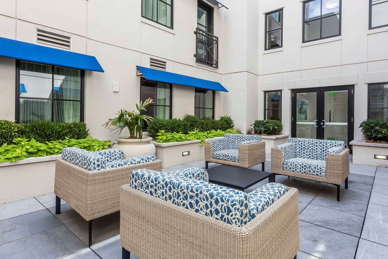 Pool - Bluegreen Vacations King Street Charleston