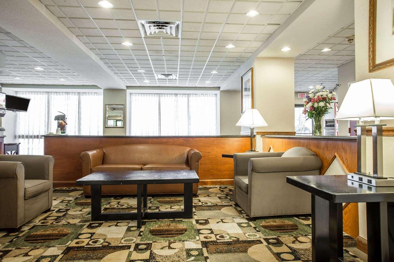 Lobby - Quality Inn Union