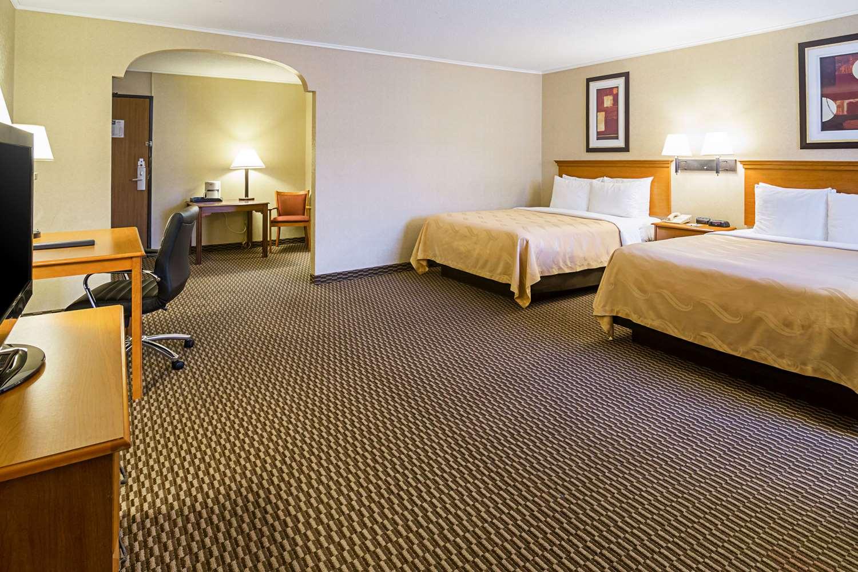 Suite - Quality Inn & Suites Rapid City