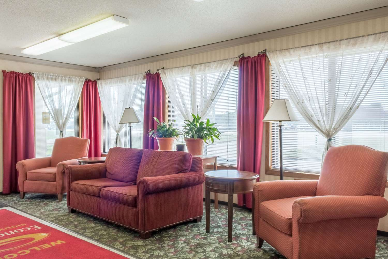 Lobby - Econo Lodge Sioux Falls