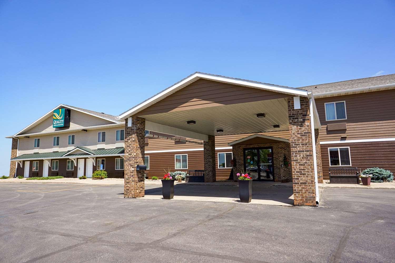 Exterior view - Quality Inn Watertown