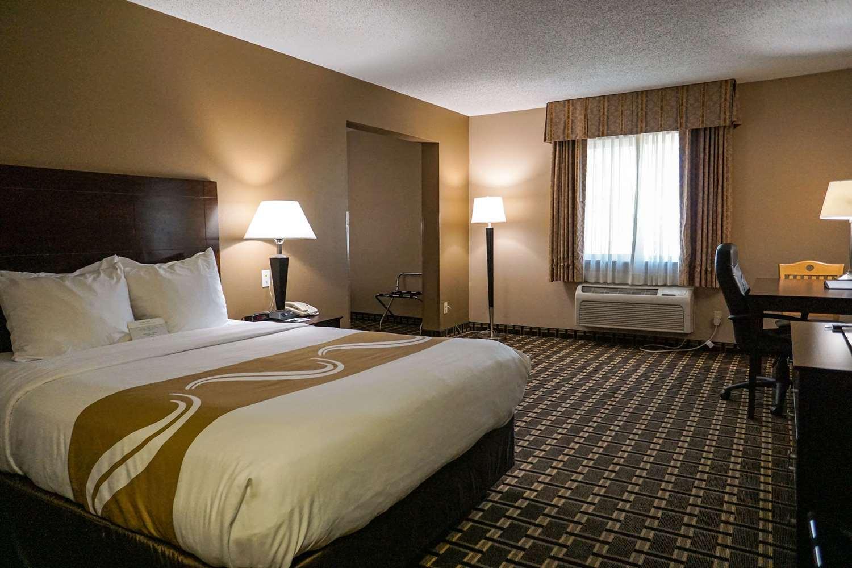 Room - Quality Inn Watertown