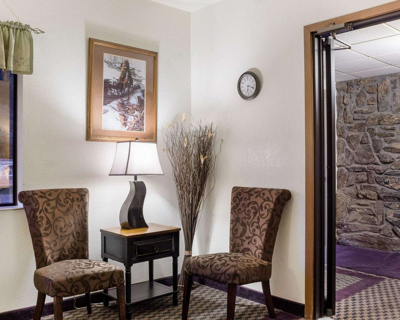 Lobby - Rodeway Inn Mt Rushmore Memorial Keystone