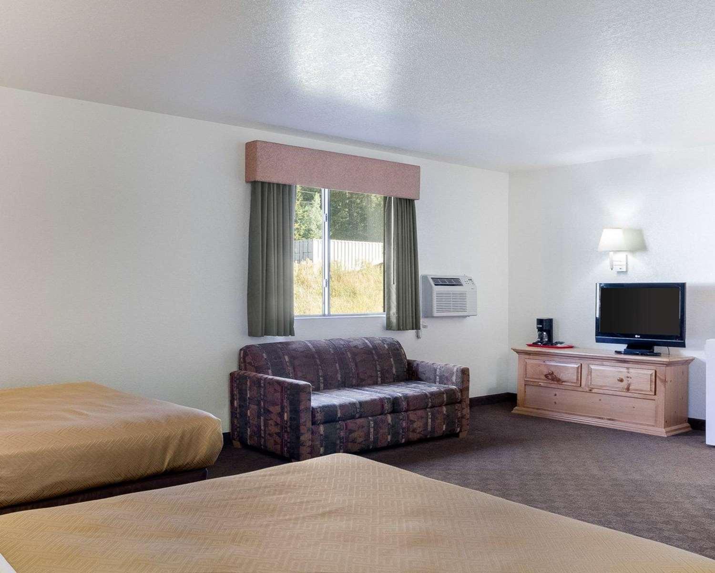Suite - Rodeway Inn Mt Rushmore Memorial Keystone