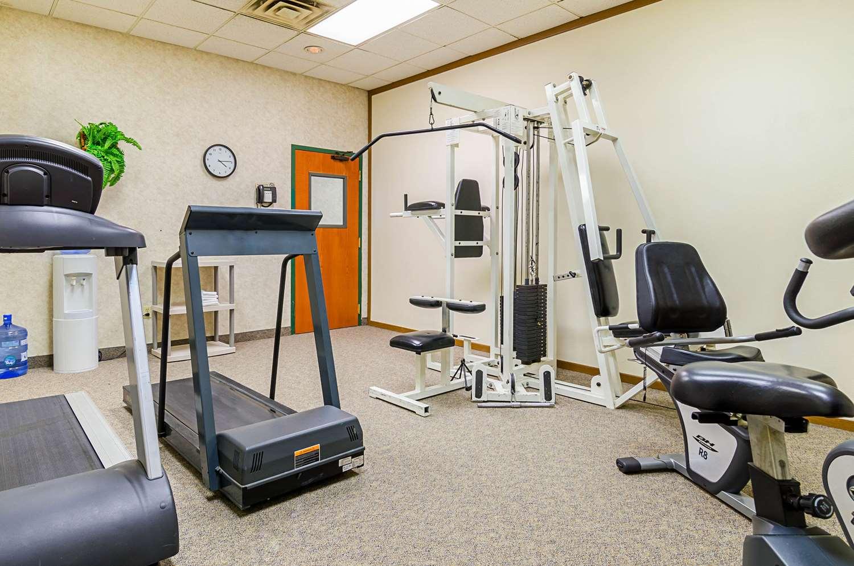 Fitness/ Exercise Room - Quality Inn Rosebud Casino Mission
