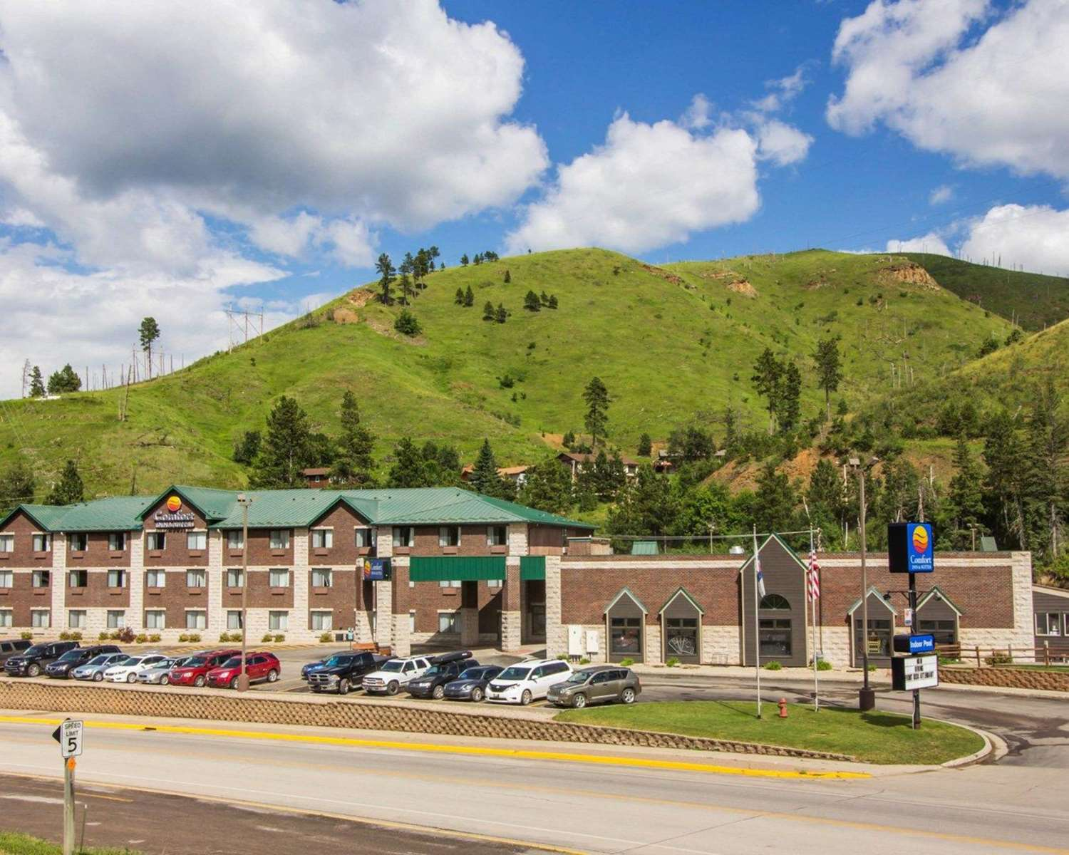 Exterior view - Comfort Inn Deadwood