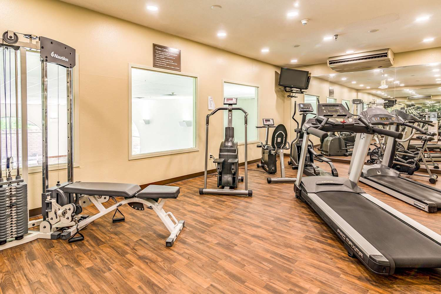 Fitness/ Exercise Room - Comfort Inn & Suites Rapid City