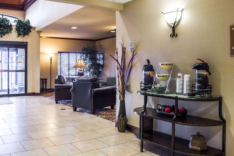 Lobby - Quality Inn & Suites Sioux Falls