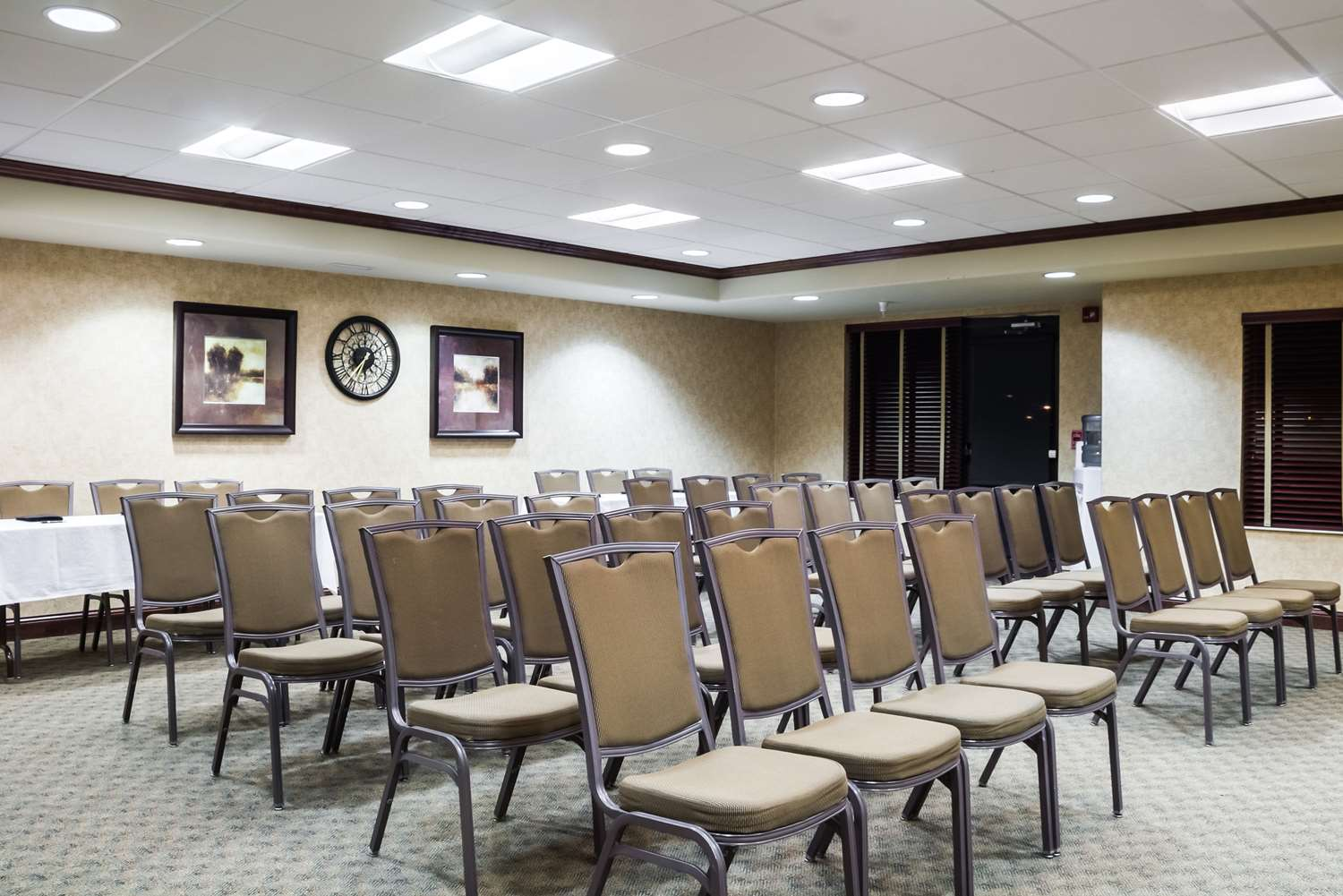 Meeting Facilities - Quality Inn & Suites Sioux Falls