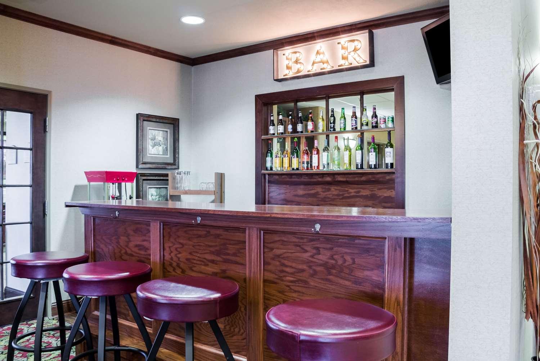 Restaurant - Quality Inn & Suites Sioux Falls
