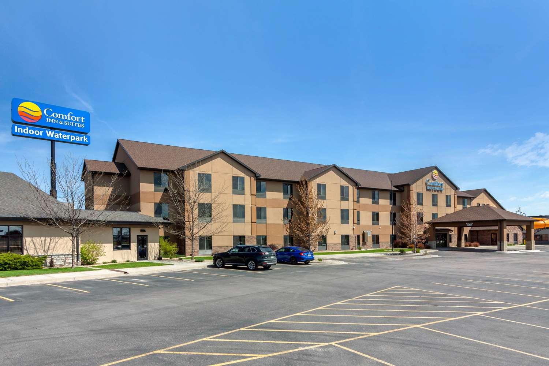 Exterior view - Comfort Inn & Suites Mitchell
