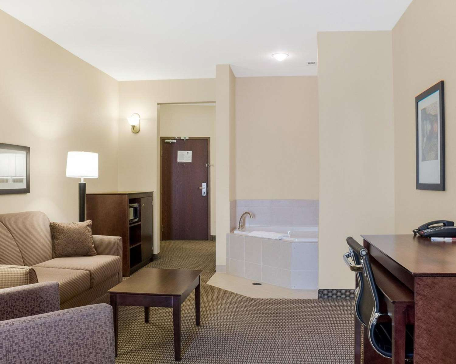 Suite - Comfort Suites Rapid City