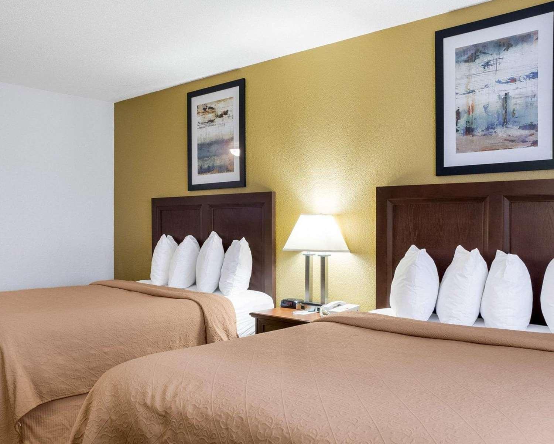 Room - Quality Inn Oacoma